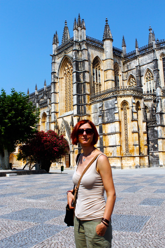 Gina at Batalha's Mosteiro de Santa Maria da Vitoria