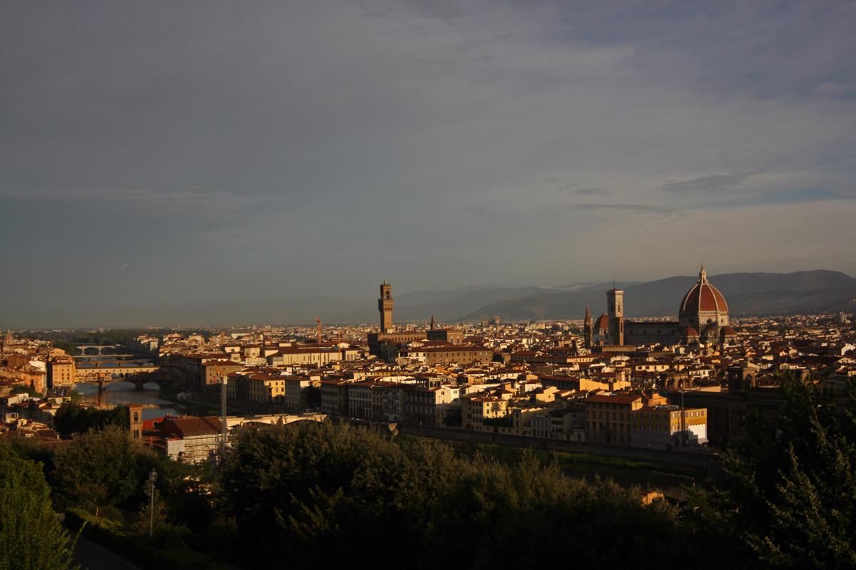 Italian Florence: Scandal On Ben NevisScandal On Ben Nevis
